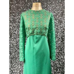 🖤 Vintage 1960s green lace polyester maxi dress